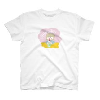 クリームソーダ飲み子ちゃん🍨 T-shirts
