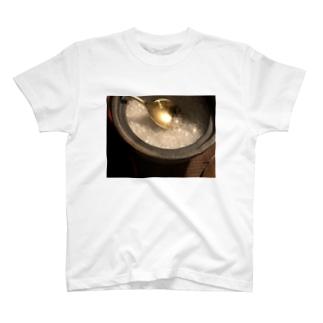 溶けないザラメ T-shirts