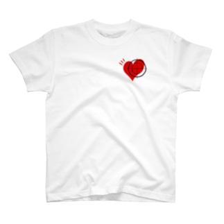 ズッキュン寸前 T-shirts
