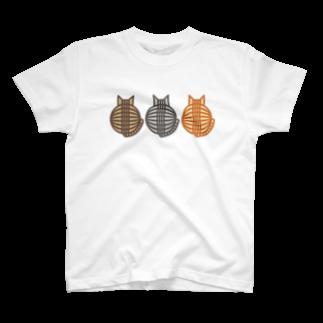SHOP W SUZURI店の猫(3匹)の丸い背中 Tシャツ T-shirts