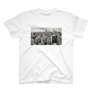 マンハッタンの空より T-shirts
