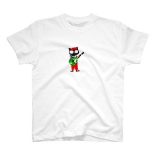黒猫のビーが T-shirts