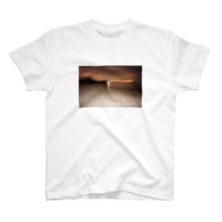 走る人 T-shirts