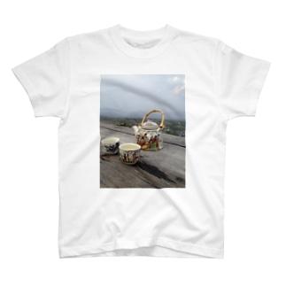 タイの中国茶と絶景 T-shirts