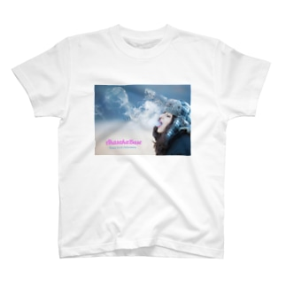 Smoke Girls 02 T-shirts