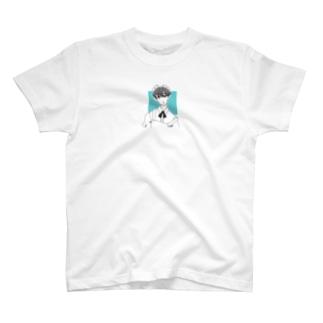 メイドさん男子 T-shirts