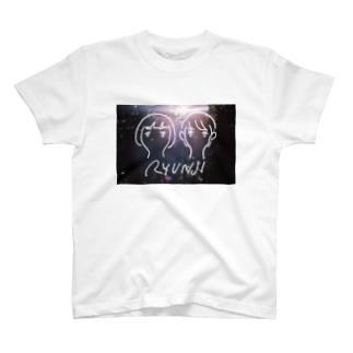RYUNJI -BLACK- T-shirts