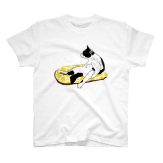 スコ座りのネコ レモンクッション T-shirts