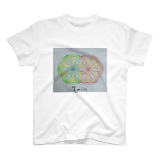 Twin👥 T-shirts