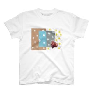 みずたまとふわふわ茶色い子 T-shirts