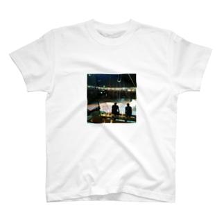 サーカスの前夜 T-shirts