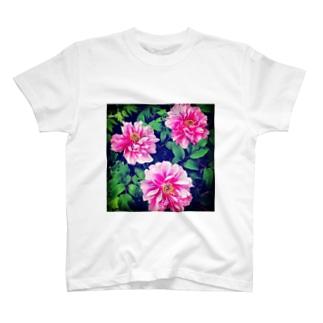 牡丹の花 T-shirts