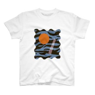 TORAKAWAII T-shirts