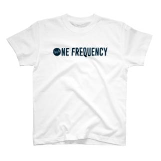 周波数 T-shirts