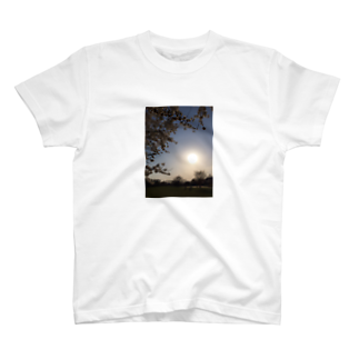 manaの日本万歳 T-shirts