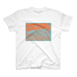 サカナオのオレンジストライプバスレット 切り絵 T-shirts