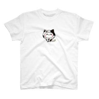 DECORの気づかいのできるネコ 牛さんver. T-shirts