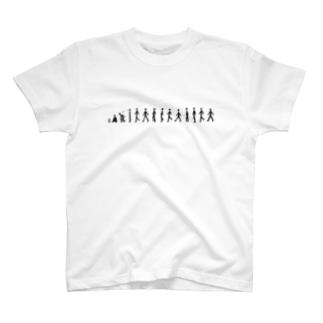 歩く人 T-shirts