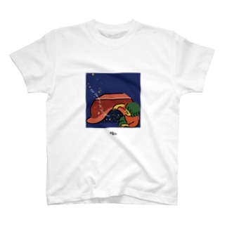 足元の宇宙 T-shirts