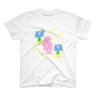 春かな T-shirts