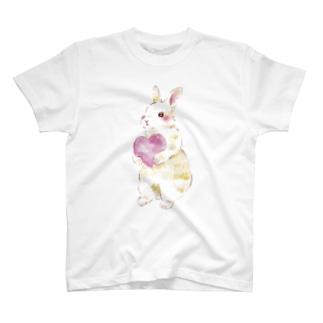 きゅんきゅんうさぎ T-shirts