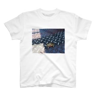 ちょうしくるう T-shirts