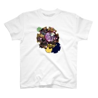 雪輪に夜桜蝶 T-shirts