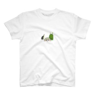川の中 T-shirts
