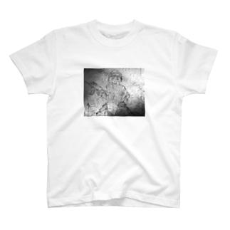 傭兵さん、A T-shirts