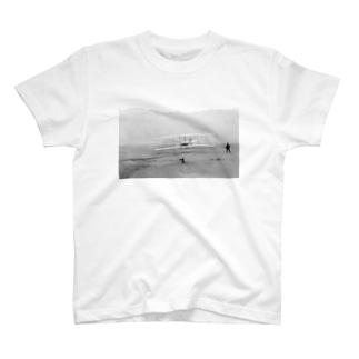 ライト兄弟の初飛行 T-shirts
