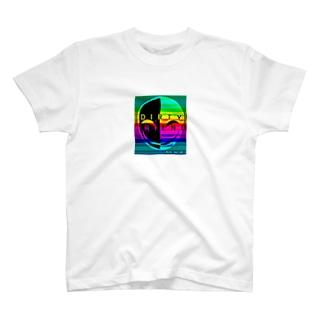 仮面 色 T-shirts