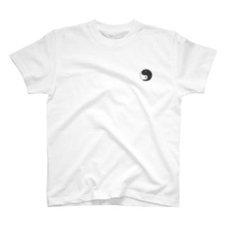 太極バク T-shirts