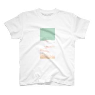 雪とススキ T-shirts