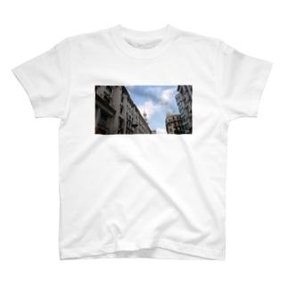 上海南京路旧租界地的風景〜Paysage de l'ancienne zone de concession sur la route de Nanjing, Shanghai〜 T-shirts
