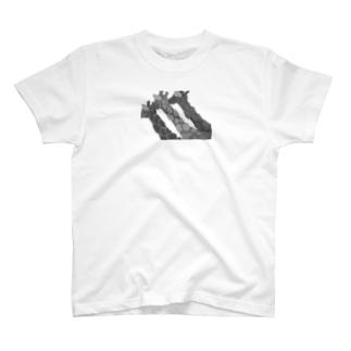 GIRAFFEジラフじらふ/モノクロ T-shirts