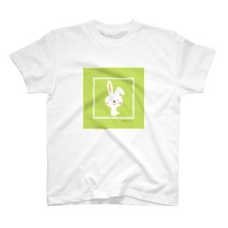 うさぎちゃん(グリーン) T-shirts