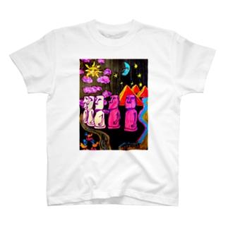 月と太陽とモアイら T-shirts