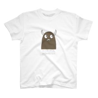 恥ずかしがり屋のモンスター T-shirts