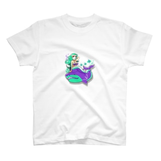 美女とサメ T-shirts