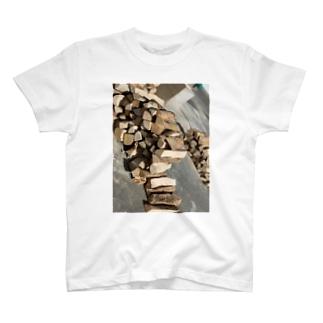 薪 T-shirts