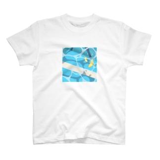 夏のプールに飛び込んだ(レモン) T-Shirt