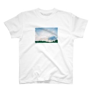 夕方の空 T-shirts