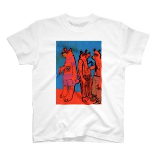 3人のクマと青 T-shirts