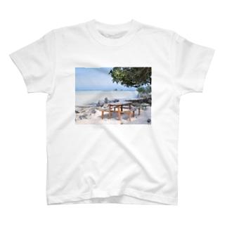 ミクロネシア:リーフが見える浜辺の風景 Micronesia: seaside of Pohnpei T-shirts
