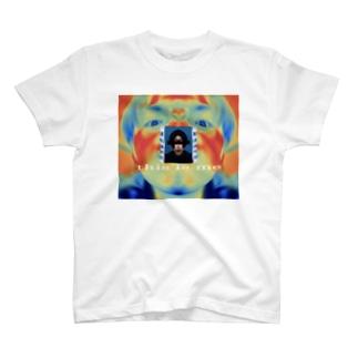 これはわたしです T-shirts