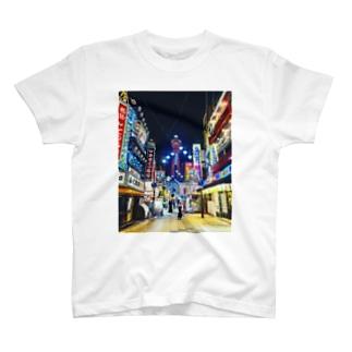 マッキーの新世界の街 T-shirts