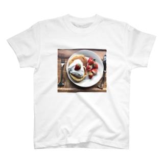 🍓パンケーキ T-shirts