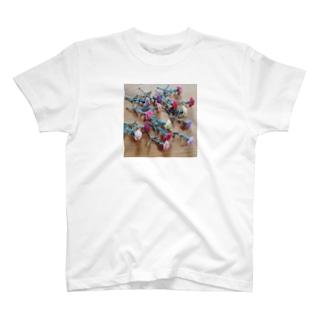 カーネーション T-shirts