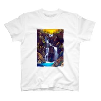 夕日の滝 T-shirts