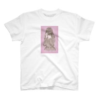 カメラの向こう T-shirts